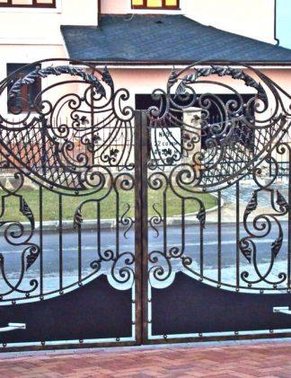 Кованые ворота ажурные