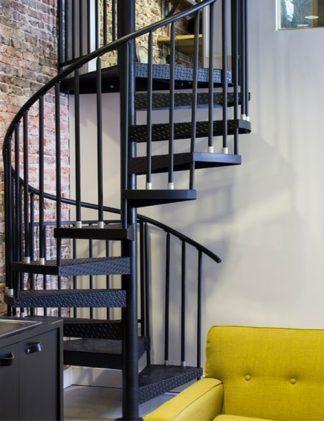 Вертикальные перила для винтовой лестницы