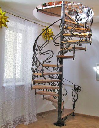 Винтовая лестница неоклассика