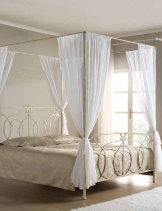 Кованая кровать Королева