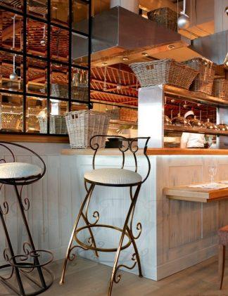 Кованые стулья для бара