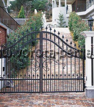 Кованые ворота сквозные