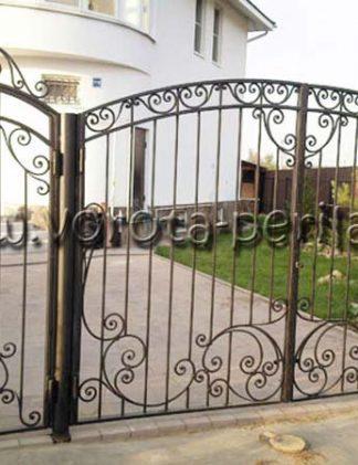 Ворота распашные металлические с калиткой кованые