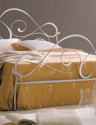 Кованая кровать Диана